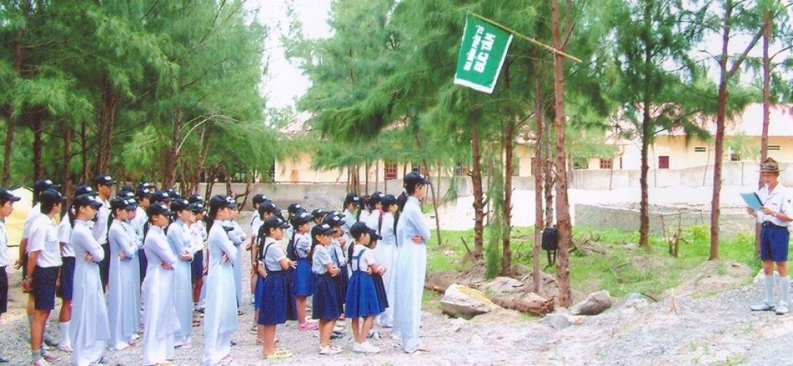 Vui trại Lục Hòa
