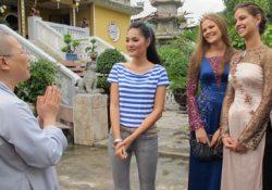 Hoa hậu Nga làm từ thiện tại NTT Diệu Giác
