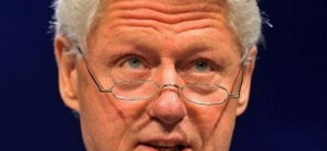 Cựu Tổng thống Mỹ Clinton thành người ăn chay