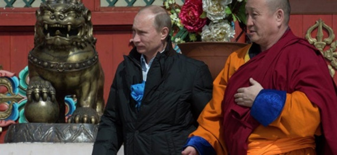Putin lên chùa