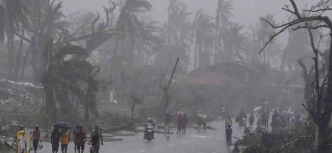 [Thơ] Đón siêu bão Haiyan