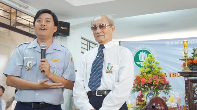 Anh Đệ Nhất Trưởng Ban BHD Gia Định nhận lời hứa khả của Htr Minh Trung và đã có buổi gặp mặt anh chị em Lam Viên Gia Định sau hơn 33 năm.