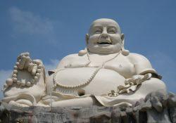 Mùa Xuân tìm hiểu về hạnh Hỷ Xả của Đức Phật Di Lặc